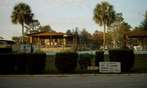 Marion Pines Pool  Clubhouse